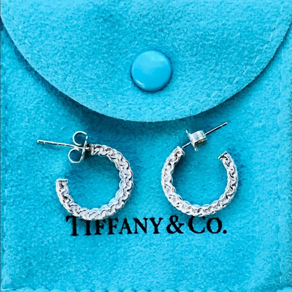 c52b681ddbb95 Tiffany & Co Sterling Silver Somerset Hoops